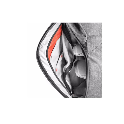 Peak Design Everyday Backpack 20L Charcoal 2 1