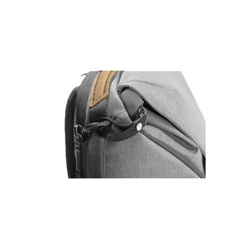Peak Design Everyday Backpack v2 20L Ash 3